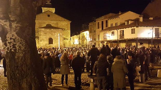 Concentración ciudadana a las ocho de la tarde del martes 7 de febrero de 2017 en la Plaza del Grano