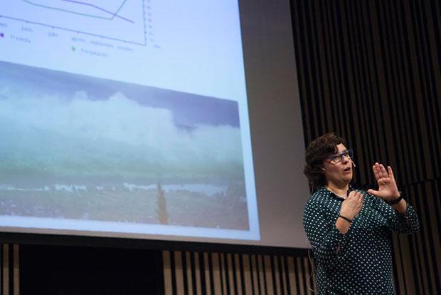 La gerente del C.R.D.O. Ribeiro, Cristina Alcalá en el Basque Culinary Center