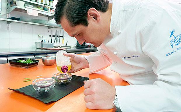 Isaac Loya, chef del restaurante del Real Balneario de Salinas