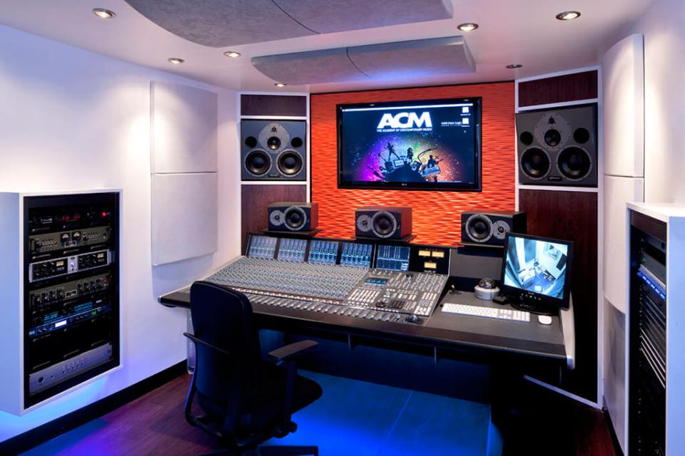 Image of a Pro Sound studio refurbishment