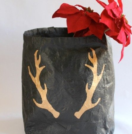 Easy Upcycled Canvas Holiday Tote