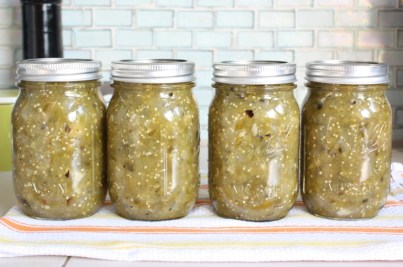 Canned tomatillo salsa