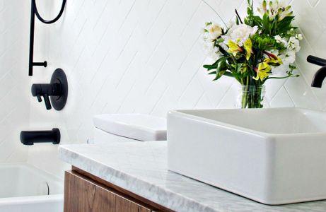Ένα καθαρό μπάνιο εννοείται ότι κερδίζει τις εντυπώσεις!