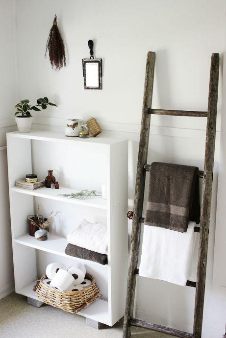 Ο κάθετος αποθηκευτικός χώρος είναι απαραίτητος σε κάθε μικρό μπάνιο.