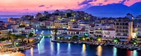 Το τρίτο σε μέγεθος νησί της Μεσογείου υπόσχεται μοναδικές διακοπές για όλα τα γούστα.