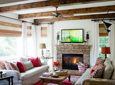 Βάλτε κόκκινες λεπτομέρειες στο σαλόνι σας για να προσθέσετε χρώμα και ένταση.