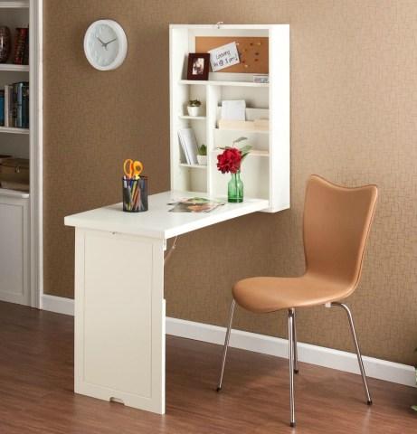 Εξοικονομήστε χώρο από το σαλόνι ή το υπνοδωμάτιο τοποθετώντας το γραφείο σας στον τοίχο.