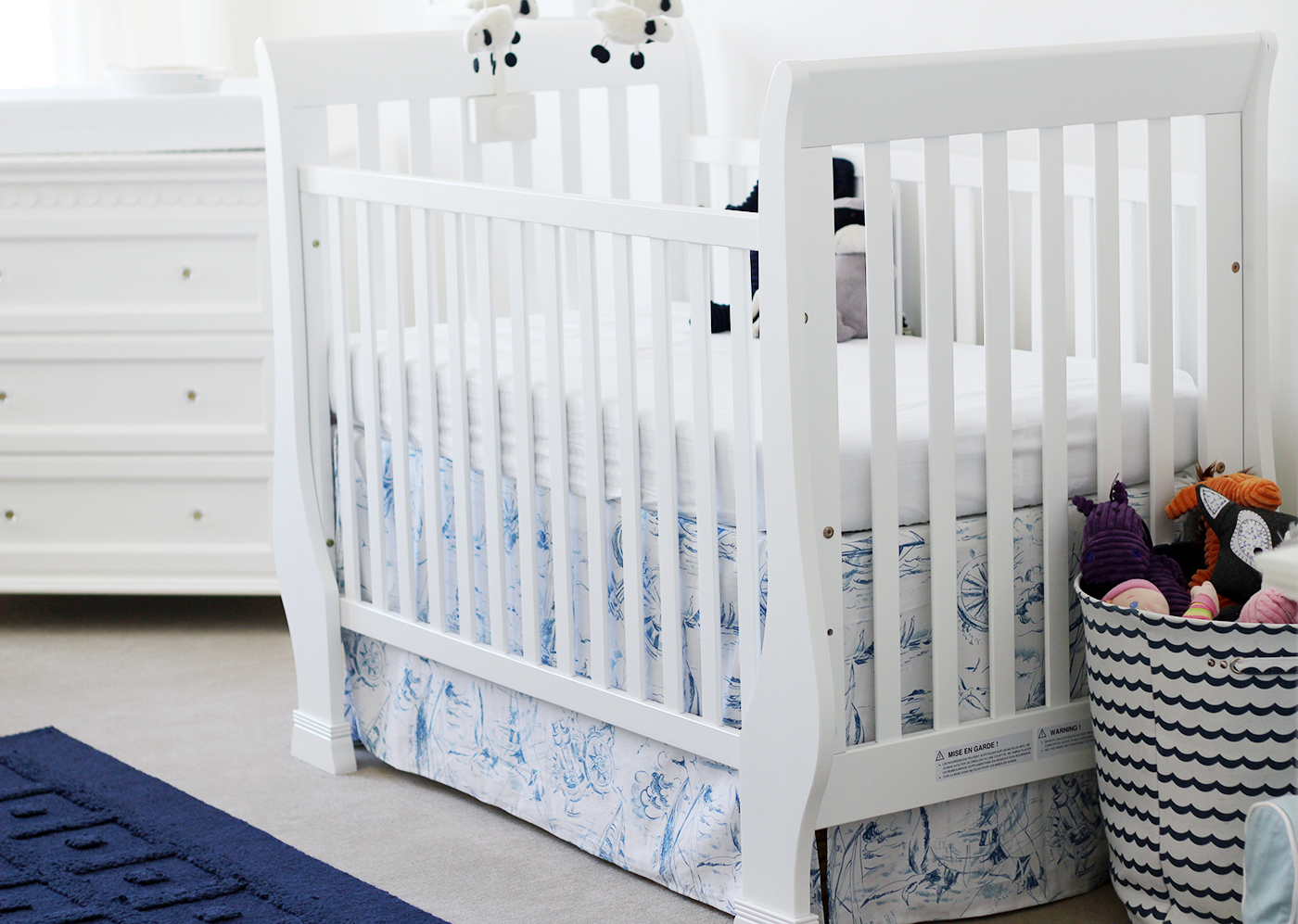 Boy and girl shared nursery: Blue + pink = happy   Splash of Something