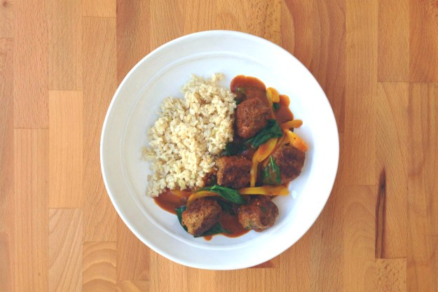 indian meatball curry / spinach & peppers / brown rice