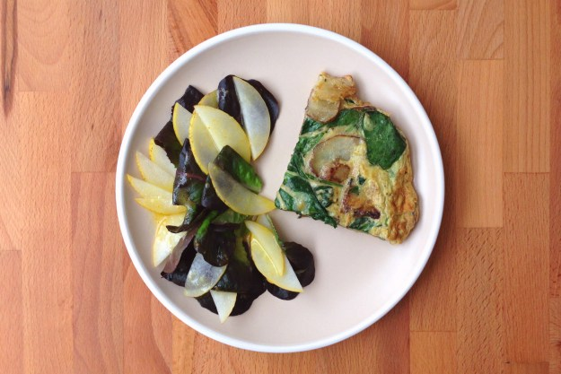 seasonal frittata (sunchoke + spinach) / salad with kumquat vinaigrette