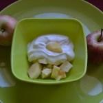fromage blanc sur lit de pommes