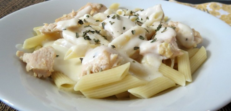 Three-Cheese-Chicken-Alfredo-081a