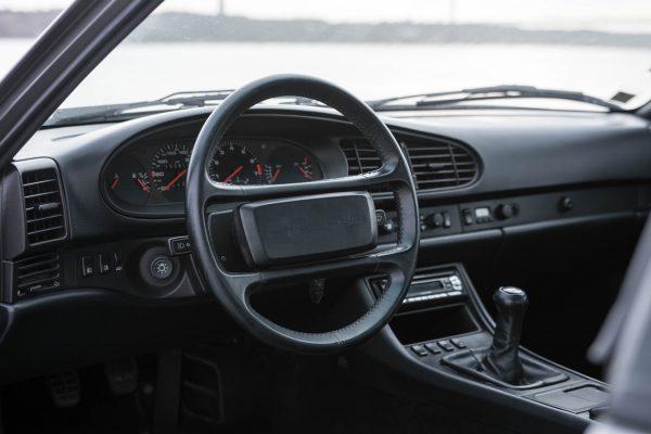 porsche-944-turbo-22