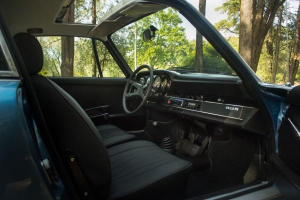 Porsche 911 2_4 S-7