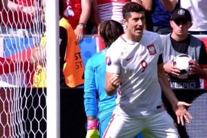 robert lewandowski Euro 2016 round of 16 game
