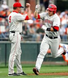 Rich Poythress hit two homeruns to lead #1 Georgia to victory over Tennessee. (AP Photo)