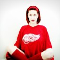 thumbs red wings girls 16