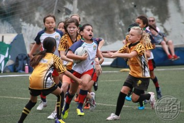 Rugby_6975360658_16c867b9d2_b - HKU Sandy Bay RFC at 2012 All Girls Tournament