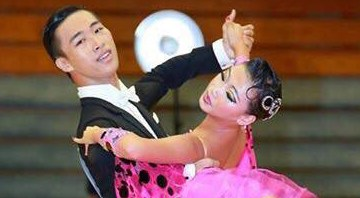20151103-01dancesport-slide