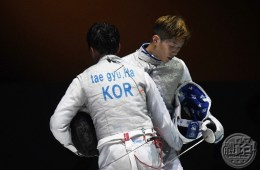 2017afc_fencing_menfoil_final_cheungkalong_20170615-01