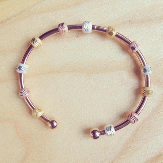 Use your Rose Gold Galaxy Tri-Color Bracelet to Count your extra miles walked. Aim for 1 a day (total of 5-6).