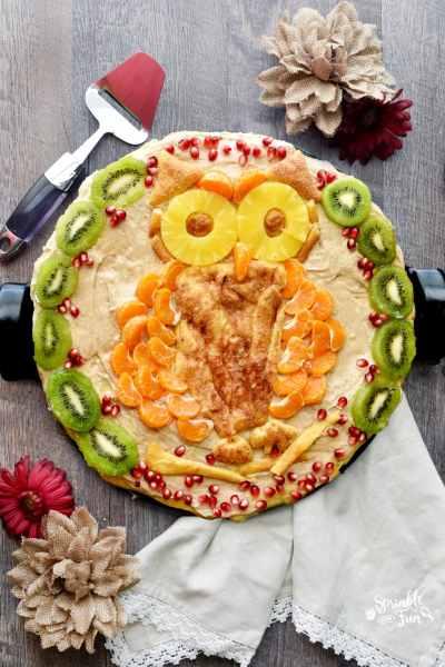 Owl Fruit Pizza