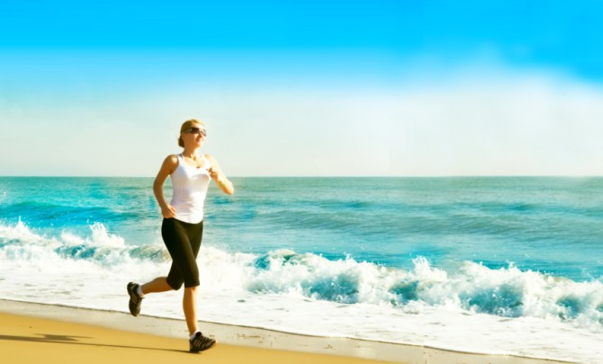 top-beach-work-out-weight-loss-summer-exercise-outdoor-vacation-spry