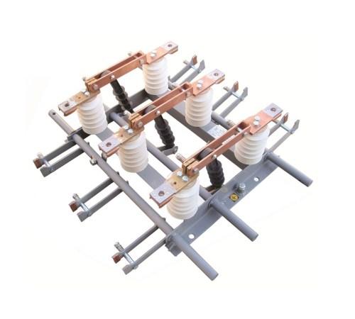Разъединитель переменного тока напряжением