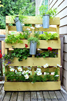 Pallet Privacy Screen Planter