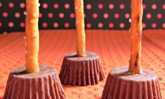 Easy Witch Brooms