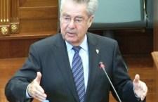 Потомак ратних злочинаца , аустријски председник Хајнц Фишер, на месту злочина у Призрену ! – Зоран Влашковић