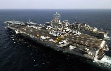 Провокација или случајност: Иранска морнарица тестирала ракете близу америчких носача