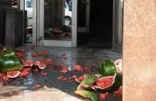 БГ: Лубеницама на седиште комуналаца!