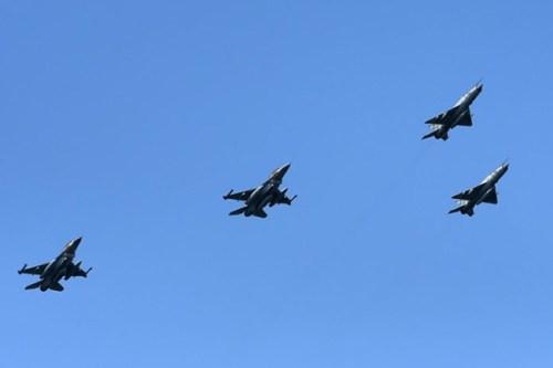 DAN POBJEDE Izraelski F-16 iznad Knina za obljetnicu 'Oluje'