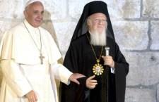 СПЦ је под окупацијом ватикана, СРБИЈА под енглеском тиранијом !!!