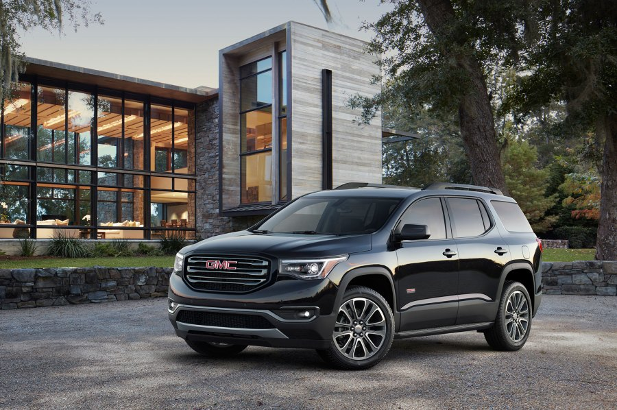 7 Things You Need to Know About The 2017 GMC Acadia 14 134