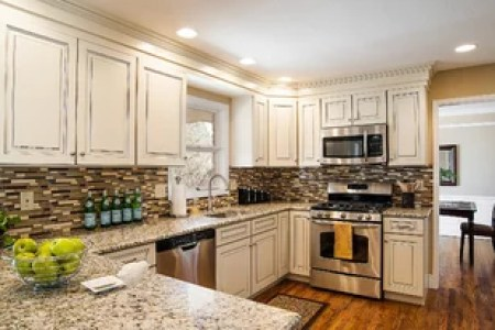 e2a16ce0025c0d85 4490 w380 h206 b0 p0 transitional kitchen