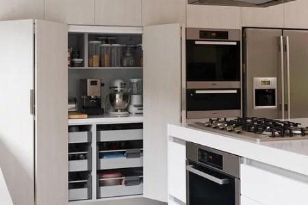 1441f99903d77f85 2481 w500 h666 b0 p0 modern kitchen