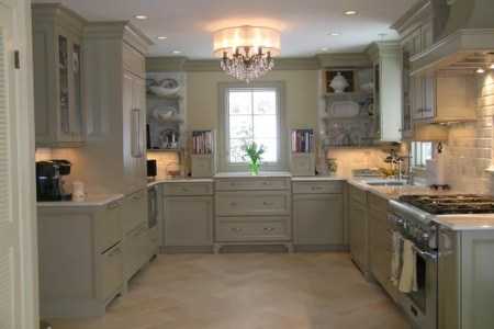 4cd10f950d6b9f20 1749 w618 h463 b0 p0 traditional kitchen