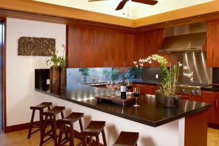 5df118a00edcf47b 1340 w500 h400 b0 p0 tropical kitchen