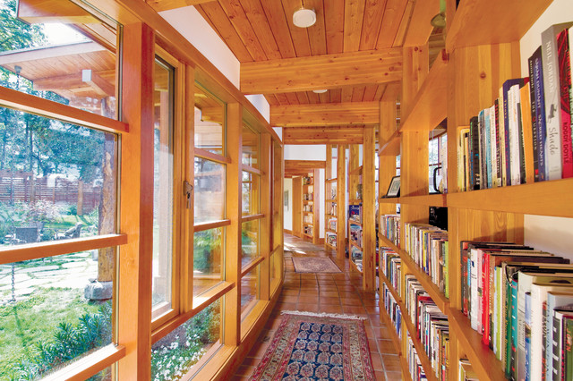 Booklovers House | Library contemporary-hall
