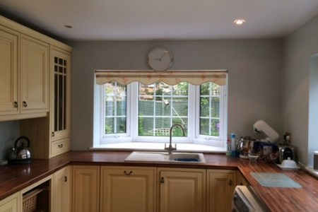 colour for kitchen walls and blind ideas?