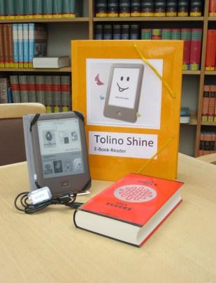 Foto von dem eBook-Reader mit der Ausleihbox