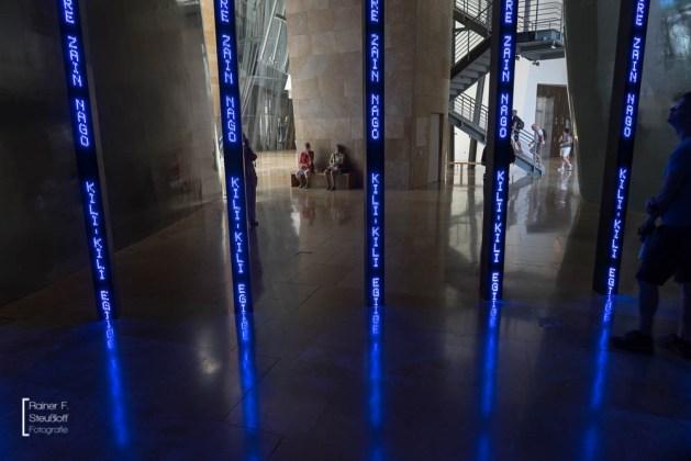 Installation für Bilbao von Jenny Holzer