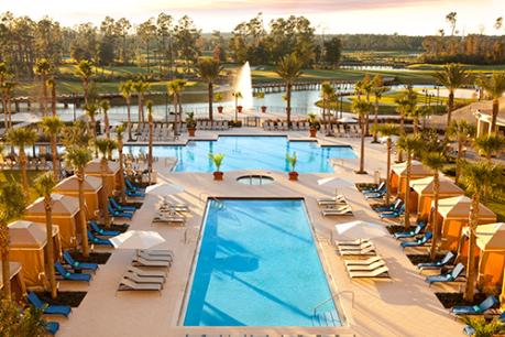 Waldorf Astoria Hotel Pool