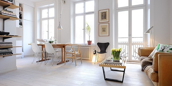 Contemporary-White-Spacious-Work-Space-and-Lounge-600x300