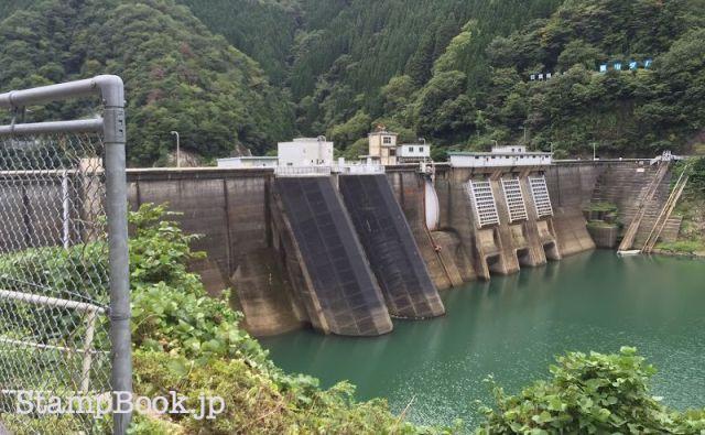 dam-yokoyama-04