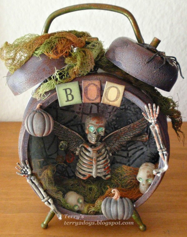 Project: Halloween Altered Clock