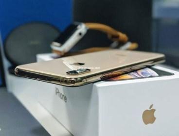 iPhone XS gold 64g presque neuf