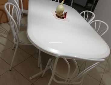 table de cuisine avec 6 chaises ovale 27189448 400dt